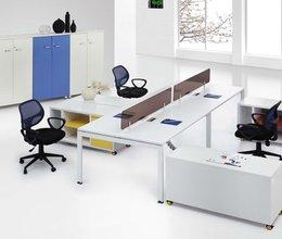 員工辦公桌-09