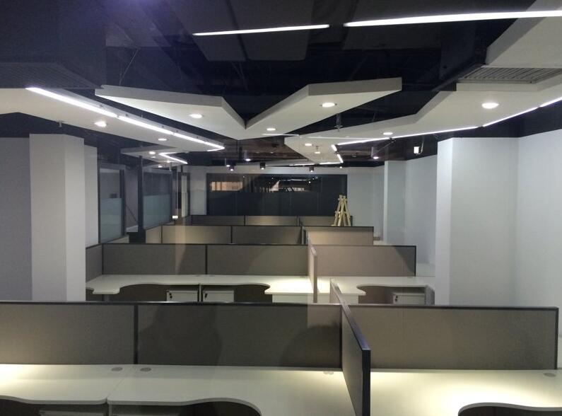 北大知名教育机构办公室家具
